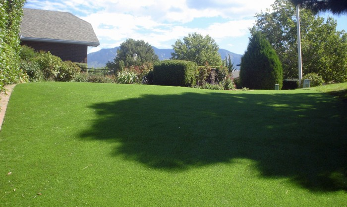 Artificial Grass for Commercial Lawns in Nashville, Tennessee